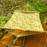 Algoma Quilted Reversible Hammock - Sand Floral/Solid